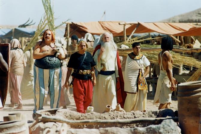 Gérard Depardieu, Christian Clavier, Claude Rich, Jamel Debbouze