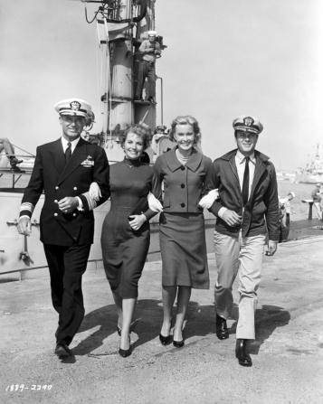 Cary Grant, Joan O'Brien, Dina Merrill, Tony Curtis