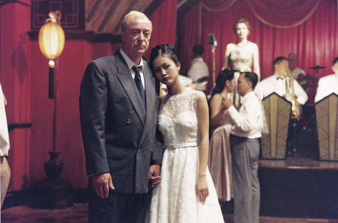 Michael Caine, Do Thi Hai Yen