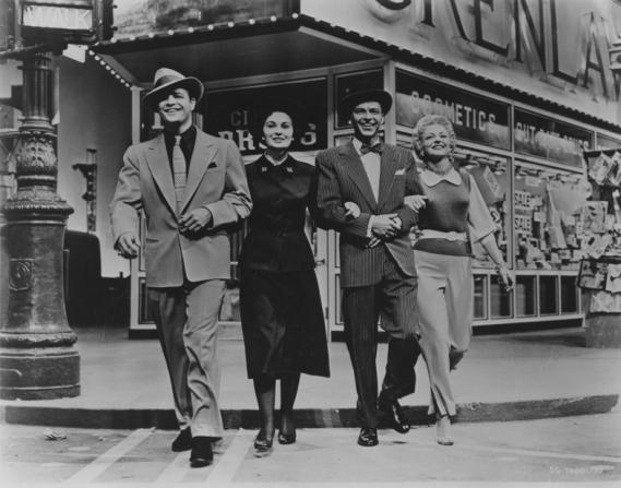 Marlon Brando, Jean Simmons, Frank Sinatra, Vivian Blaine