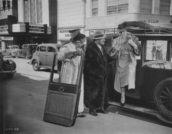 Harpo Marx, Groucho Marx, Margaret Dumont