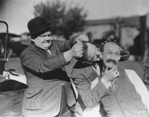 Oliver Hardy, Stan Laurel, James Finlayson