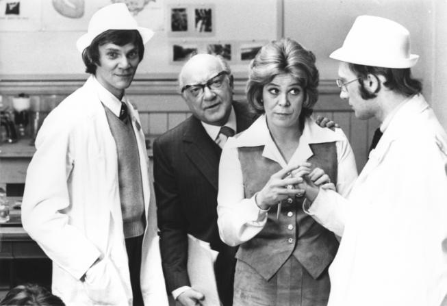 Malcolm McDowell, Arthur Lowe