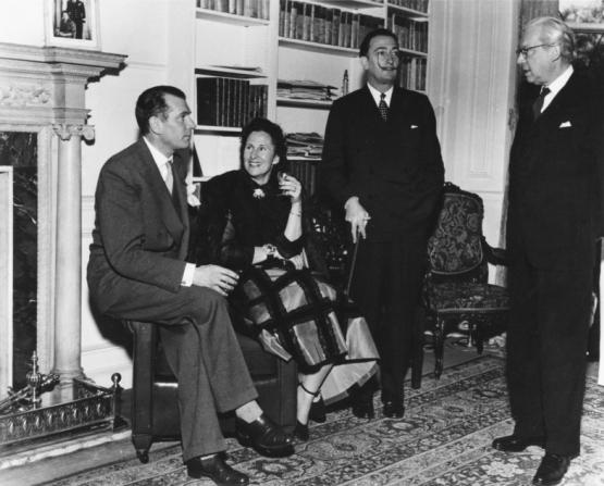 Laurence Olivier, Salvador Dalí, Alexander Korda