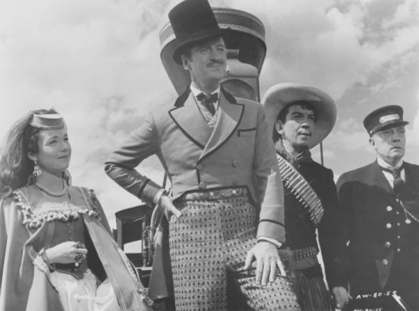 Shirley MacLaine, David Niven, Cantinflas