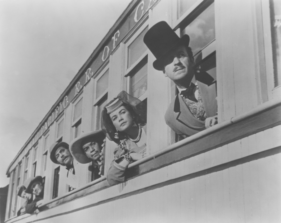 Cantinflas, Shirley MacLaine, David Niven