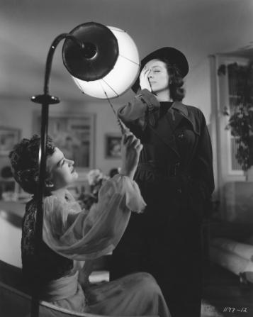 Osa Massen, Joan Crawford