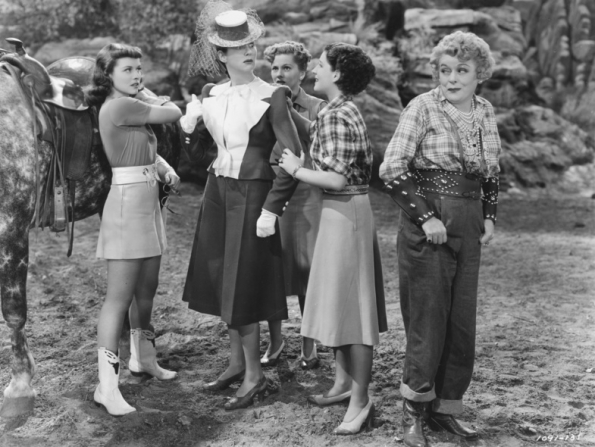 Paulette Goddard, Rosalind Russell, Joan Fontaine, Norma Shearer, Mary Boland