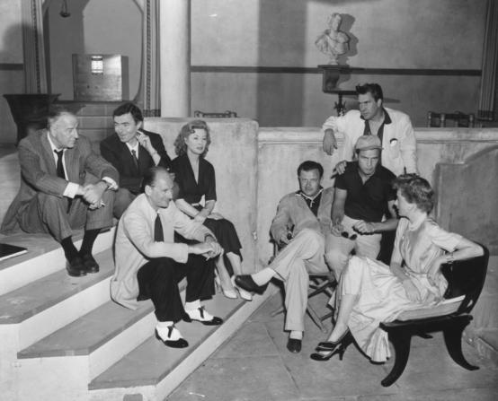 Louis Calhern, James Mason, John Gielgud, Greer Garson, Joseph L. Mankiewicz, Marlon Brando, Edmond O'Brien, Deborah Kerr