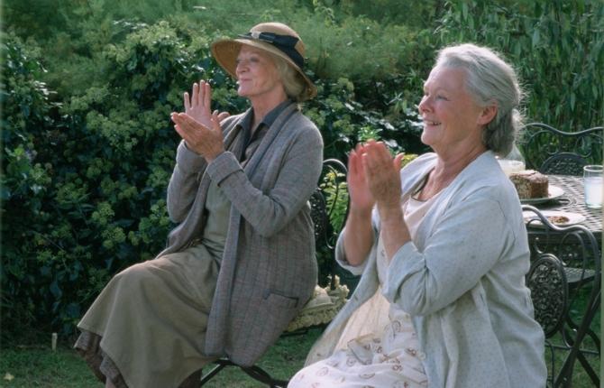 Maggie Smith, Judi Dench