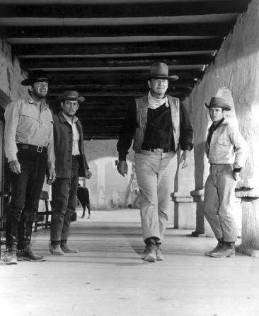 Dean Martin, Earl Holliman, John Wayne, Michael Anderson Jr
