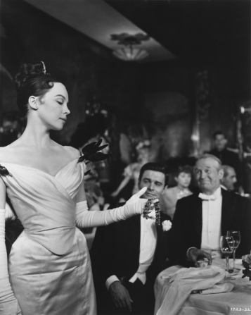 Leslie Caron, Maurice Chevalier