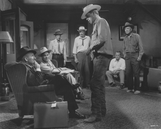 Spencer Tracy, Robert Ryan, Russell Collins, Walter Brennan, Lee Marvin, Walter Sande, Dean Jagger