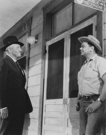 Spencer Tracy, Ernest Borgnine
