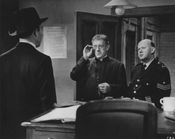Alec Guinness, John Salew