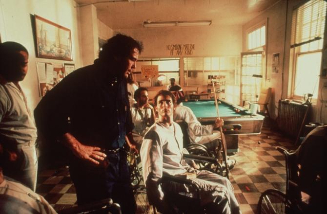 Oliver Stone, Tom Cruise