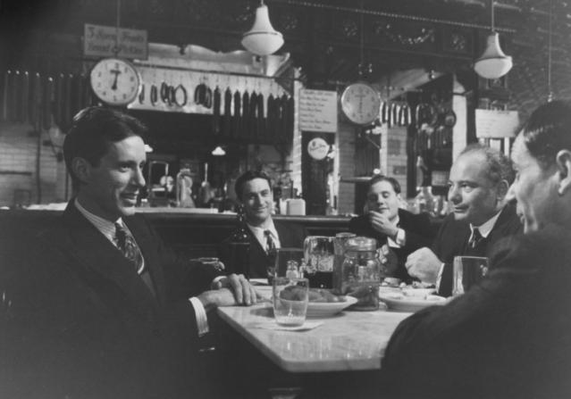 James Woods, Robert De Niro, William Forsythe, Burt Young, Joe Pesci