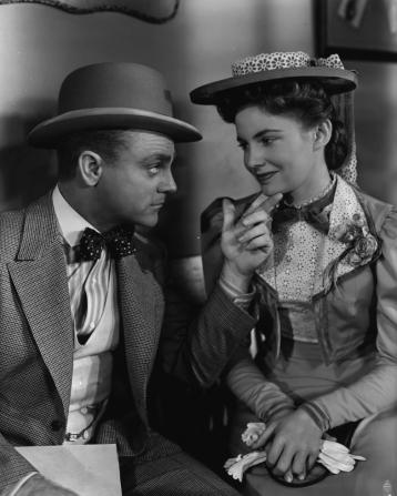 James Cagney, Joan Leslie