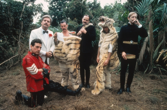 Terry Jones, Terry Gilliam, Michael Palin, John Cleese, Eric Idle, Graham Chapman