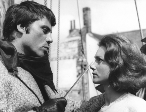 Oliver Reed, Shirley Anne Field