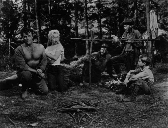 Robert Mitchum, Marilyn Monroe, Murvyn Vye, Tommy Rettig