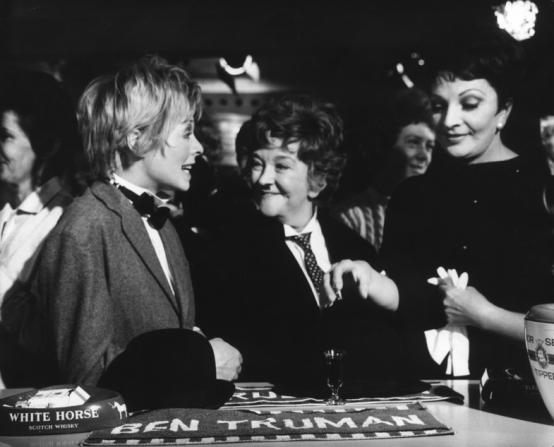 Susannah York, Beryl Reid, Coral Browne