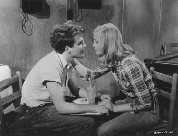 Timothy Bottoms, Cybill Shepherd