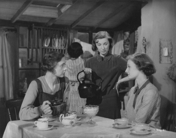 Celia Johnson, Kay Walsh, Eileen Erskine