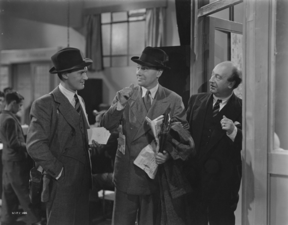 Hugh Williams, Ralph Richardson, David Horne