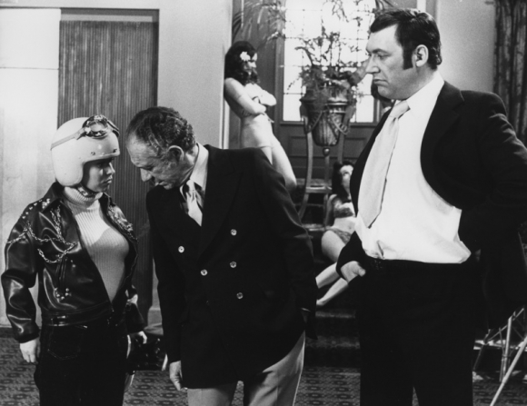 Barbara Windsor, Bernard Bresslaw, Sidney James