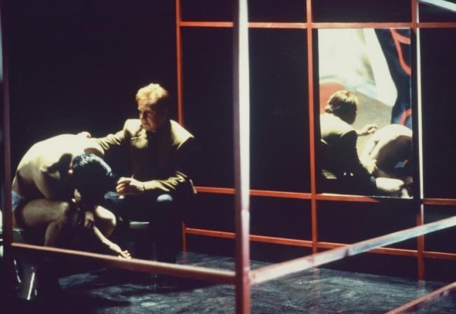 Daniel Craig, Derek Jacobi