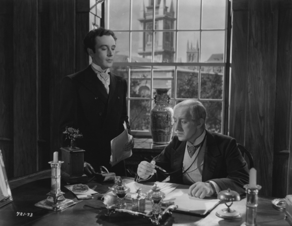Dennis Price, Alec Guinness
