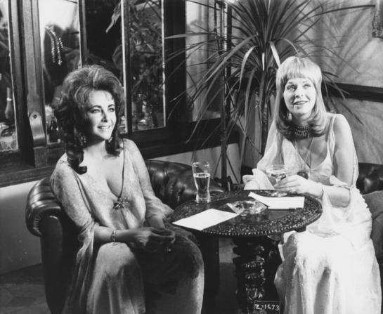 Elizabeth Taylor, Susannah York