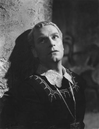 Laurence Olivier