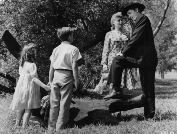 Sally Jane Bruce, Billy Chapin, Shelley Winters, Robert Mitchum