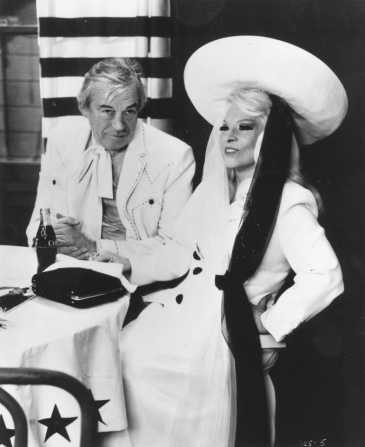 John Huston, Mae West