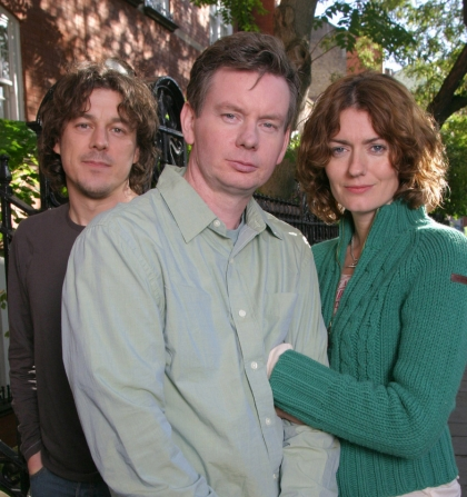 Alan Davies, John Gordon-Sinclair, Anna Chancellor