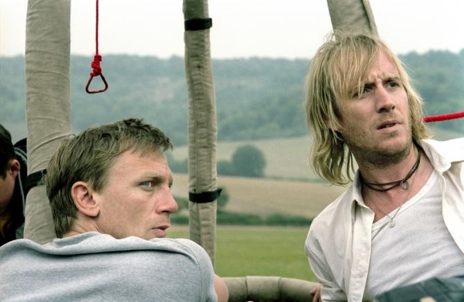 Daniel Craig, Rhys Ifans