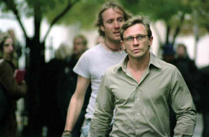 Rhys Ifans, Daniel Craig