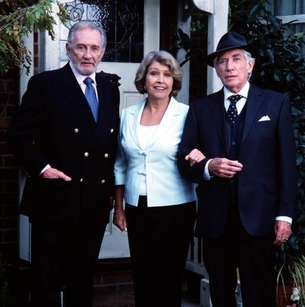 Roy Dotrice, Frank Finlay