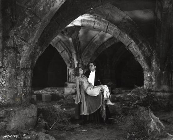 Bela Lugosi, Helen Chandler