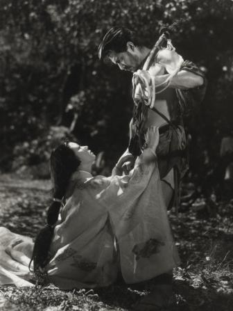 Toshiro Mifune, Machiko Kyo