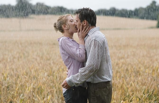 Scarlett Johansson, Jonathan Rhys Meyers