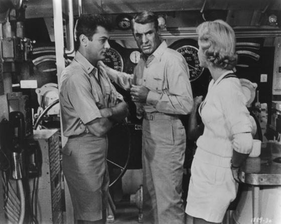 Tony Curtis, Cary Grant, Dina Merrill