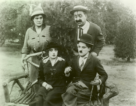 Phyllis Allen, Mabel Normand, Mack Swain, Charles Chaplin