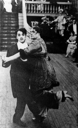 Charles Chaplin, Marie Dressler