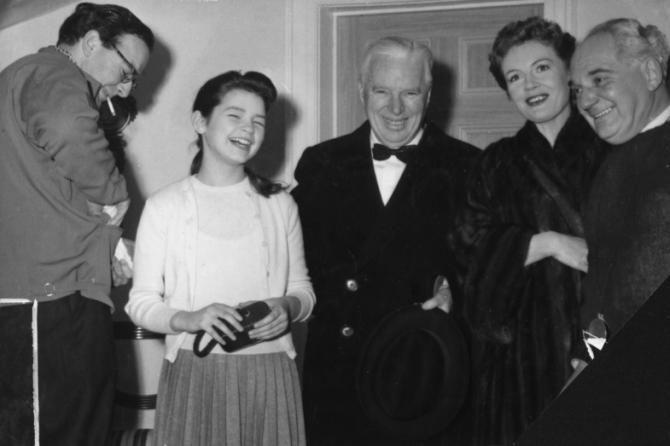Charles Chaplin, Otto Heller, Phyllis Calvert, Mandy Miller, Cy Endfield