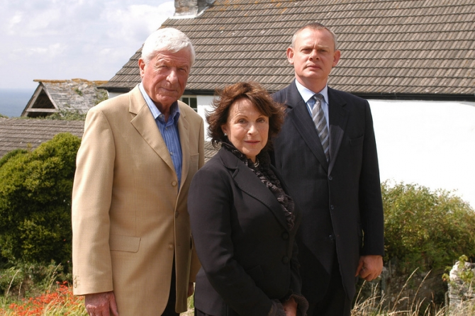 Martin Clunes, Claire Bloom, John Woodvine
