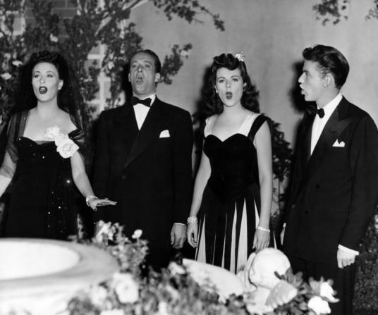 Michèle Morgan, Victor Borge, Barbara Hale, Frank Sinatra
