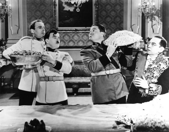 Charles Chaplin, Jack Oakie